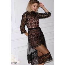 Ажурное платье с двухслойной юбкой