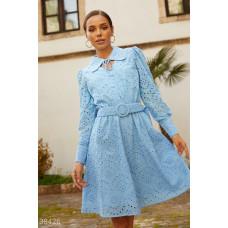 Ажурное платье с отложным воротником
